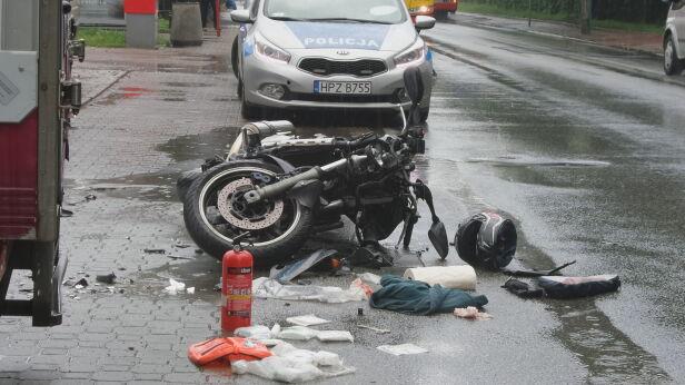 Wypadek z udziałem motocyklisty Tomasz Zieliński, tvnwarszawa.pl