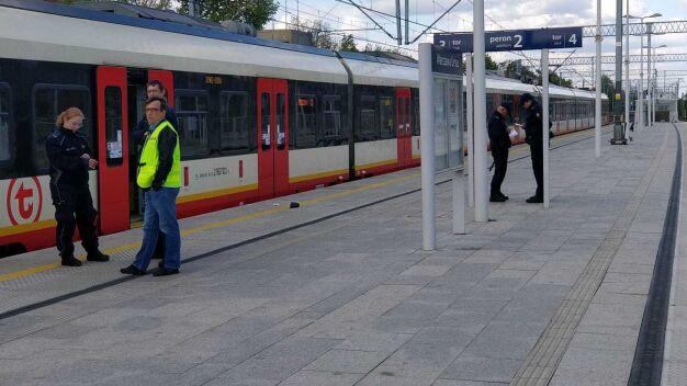 Pociąg potrącił kobietę w Ursusie