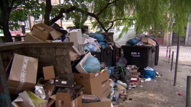 Prokuratura nie zajmie się przetargiem na śmieci TVN24
