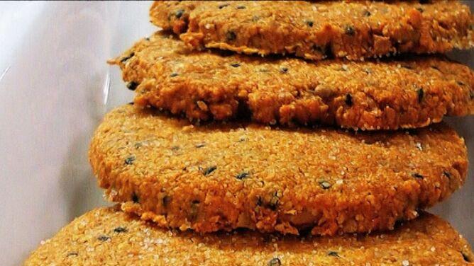 Ciasteczka z czarnuszką. Przepis Moniki Mrozowskiej