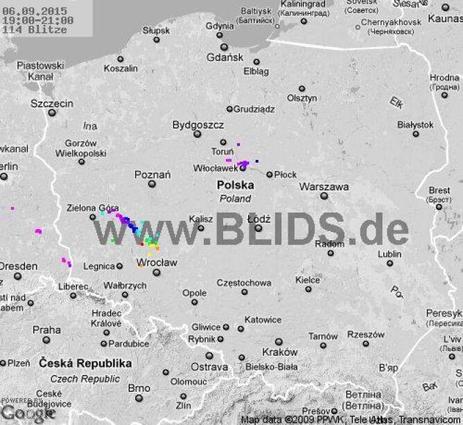 Wyładowania atmosferyczne nad Polską z godziny 19-21